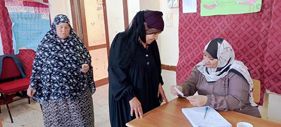 إقبال السيدات علي اللجان الانتخابية في العياط