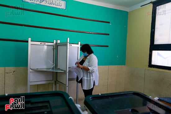 الدكتورة إيناس عبد الدايم وزيرة الثقافة  (11)