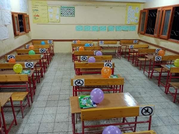 كيف خططت تعليم الأقصر لحماية الطلاب والتلاميذ بالمدارس من العدوى  (5)