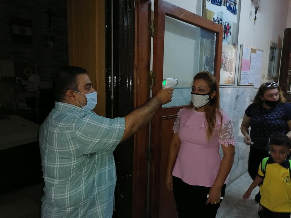 كيف خططت تعليم الأقصر لحماية الطلاب والتلاميذ بالمدارس من العدوى  (7)