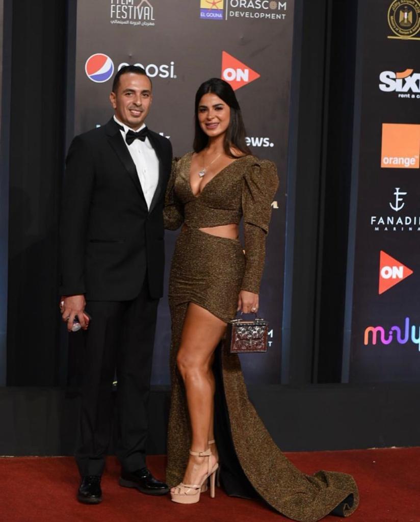نورهان منصور مع زوجها 2