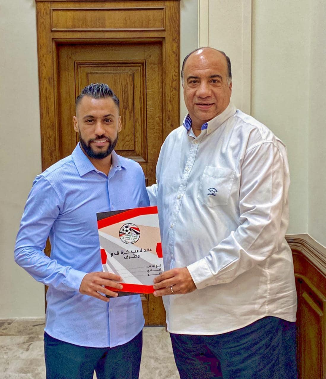 الاتحاد السكندرى يعلن التعاقد رسميا مع حسام عاشور  (1)
