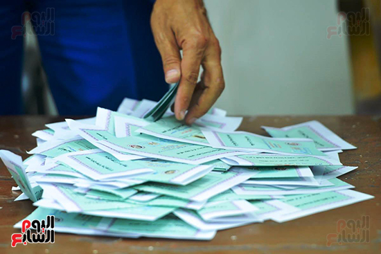 فرز أصوات الناخبين (1)