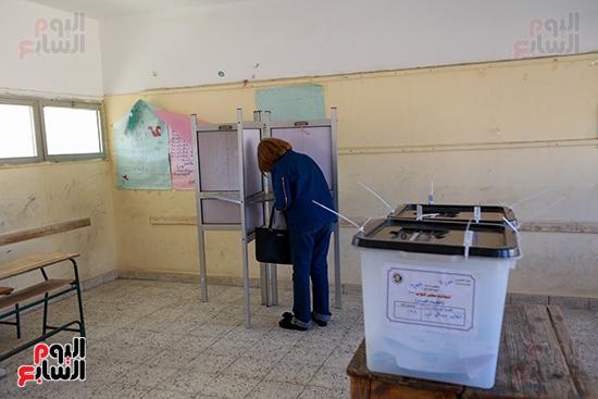 اليوم الثاني لانتخابات مجلس النواب  (4)