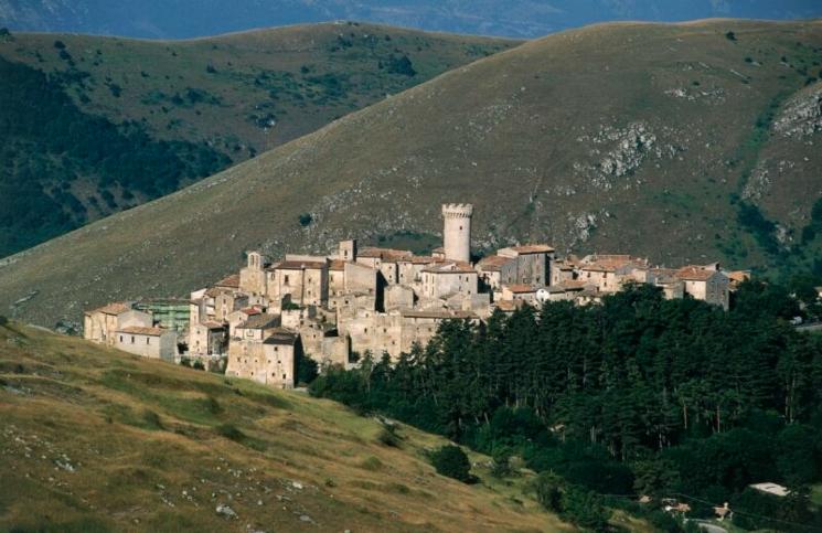بلدة ايطالية
