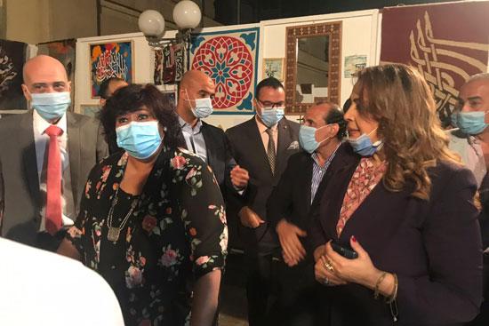 وزيرة الثقافة تفتتح الدورة الـ13 لمهرجان الحرف التراثية  (2)