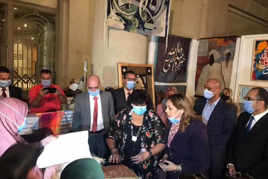 وزيرة الثقافة تفتتح الدورة الـ13 لمهرجان الحرف التراثية  (6)