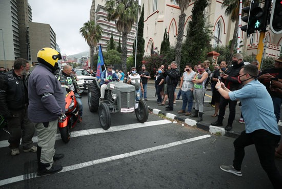 مظاهرات تندد بأعمال القتل والعنف فى جنوب افريقيا (5)