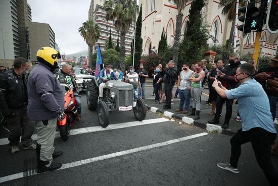 مظاهرات تندد بأعمال القتل والعنف فى جنوب افريقيا (6)
