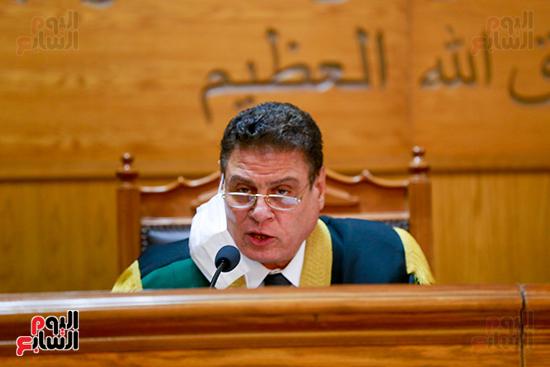 محاكمه (4)
