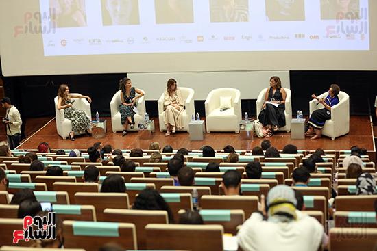 ندوة تمكين المرأة بمهرجان الجونة السينمائي (19)