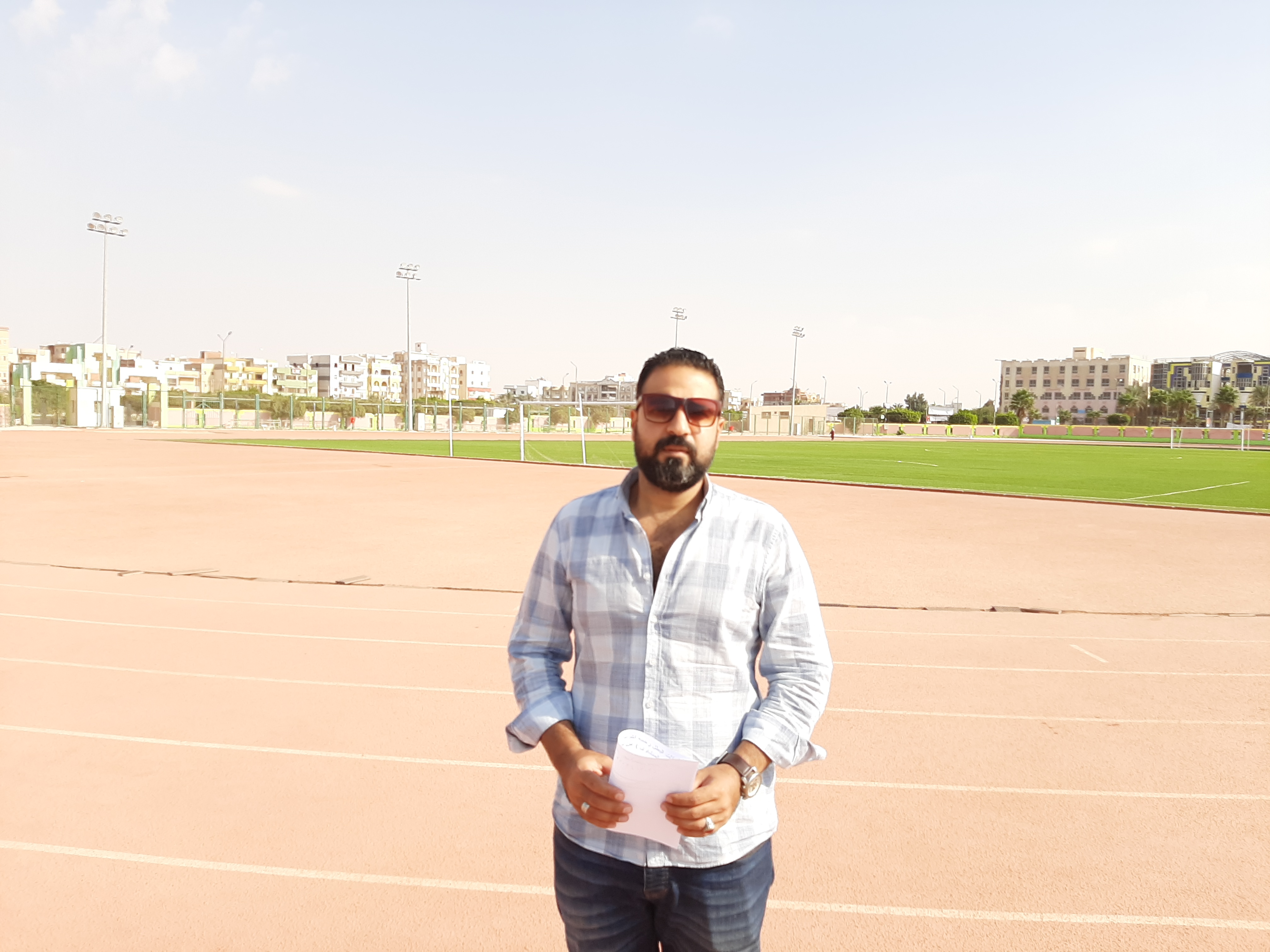 الدكتور محمود حماد، نائب مدير النشاط الرياضي بنادى الرواد