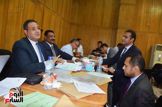 اللجنة-العامة-بإسنا-خلال-اعلان-النتائج-(4)
