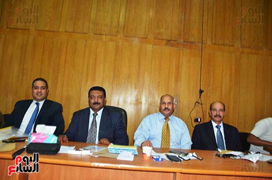 اللجنة-العامة-بإسنا-خلال-اعلان-النتائج-(3)