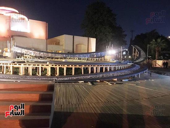 57701-وزيرة-الثقافة-تتفقد-مسرح-النافورة-الجديد--(9)