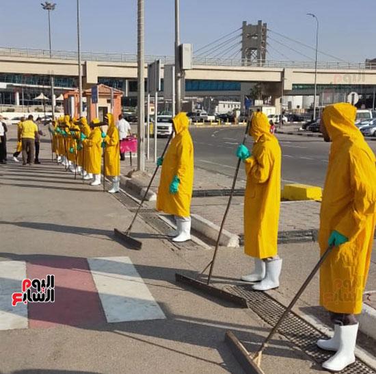 تدريب العاملين بمطار القاهرة على سيناريوهات الطوارئ استعدادا لفصل الشتاء (5)