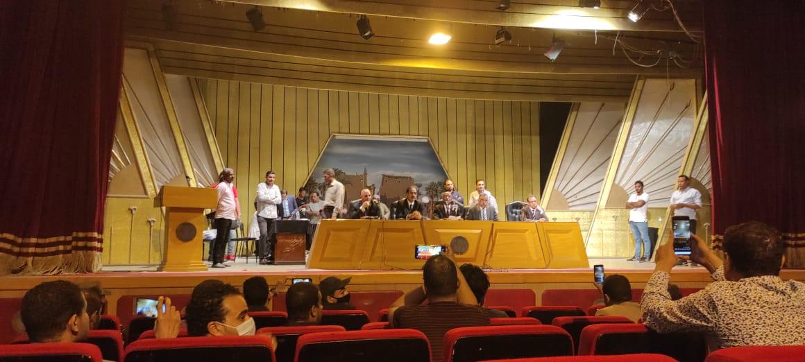اللجنة العامة في محافظة الأقصر (6)