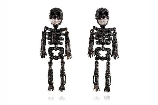 أقراط Lydia Courteille Skeleton