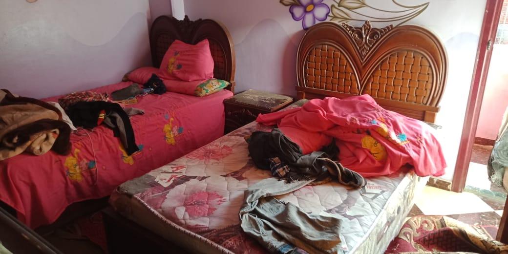 سرير الطفلين