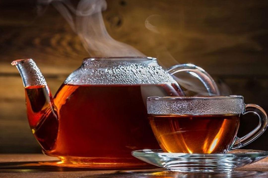 الشاى من اهم المشروبات الدافئة