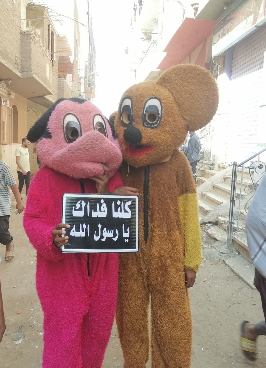 المئات من المسلمين والأقباط يحتفلون بالمولد النبوى (4)