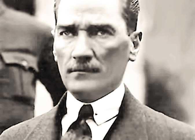 مصطفى كمال أتاتورك (1)