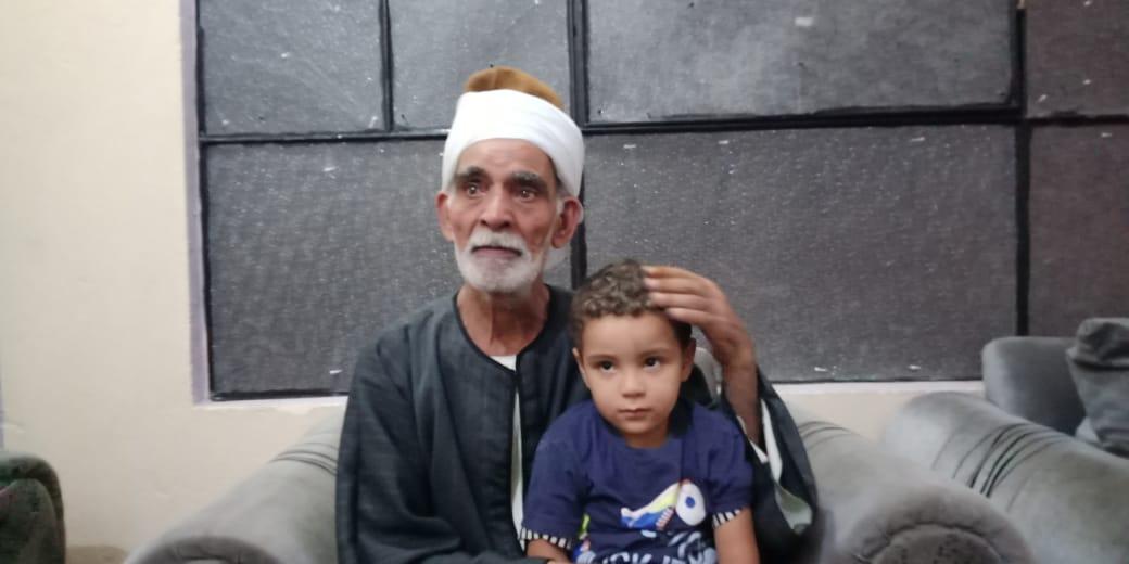 مروان شقيق رضيع طوخ المتوفى مع جده لأمه  4