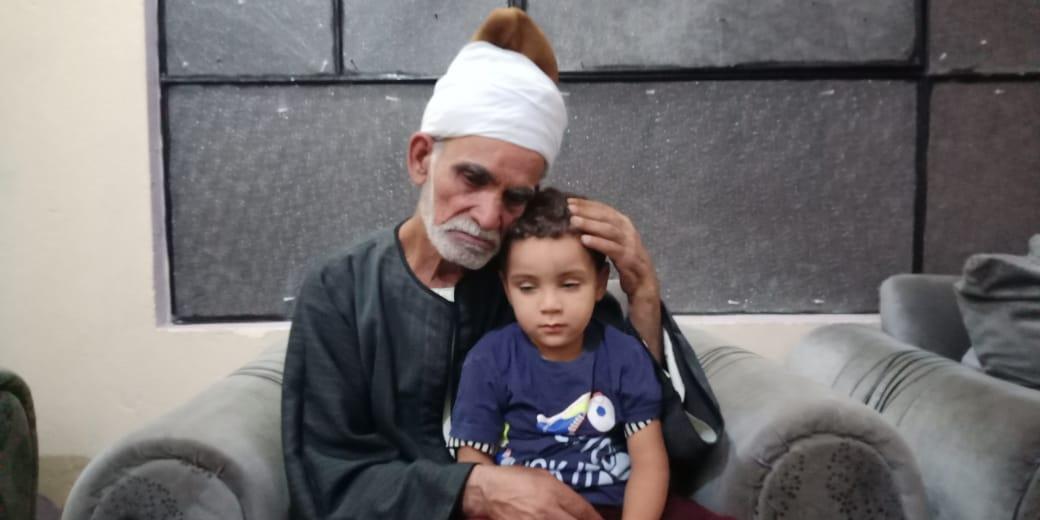 مروان شقيق رضيع طوخ المتوفى مع جده لأمه 2