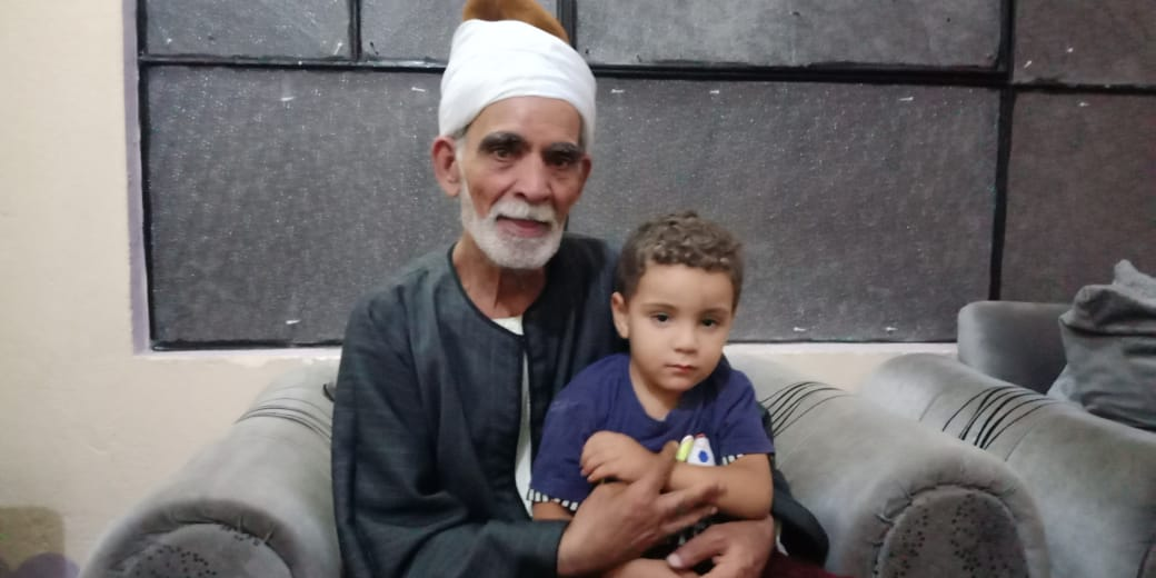 مروان شقيق رضيع طوخ المتوفى مع جده لأمه  6