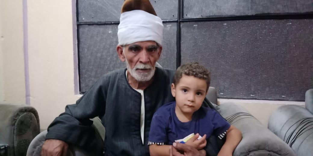 مروان شقيق رضيع طوخ المتوفى مع جده لأمه  8