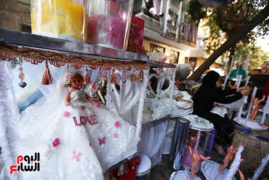 تجهيز عروسه المولد قبل البيع