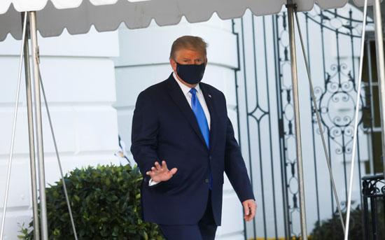 خروج ترامب من البيت الأبيض إلى المركز الطبى