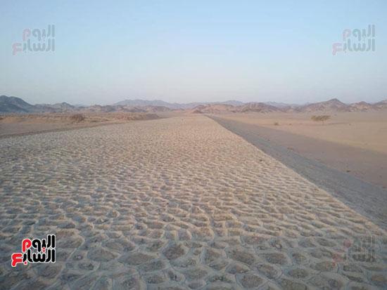 مشاريع مجابهة السيول بالبحر الأحمر (6)