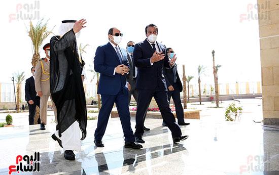 الرئيس السيسي يتفقد جامعة الملك سلمان (18)