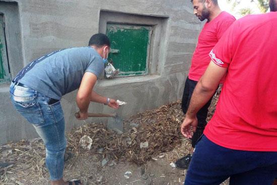 تنظيف المقابر من أعمال السحر (2)