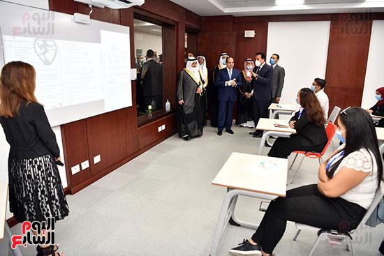 الرئيس السيسي يتفقد جامعة الملك سلمان (22)