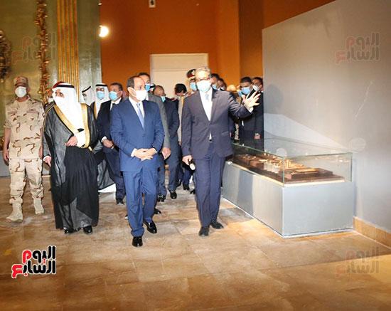 الرئيس السيسي يتفقد جامعة الملك سلمان (6)