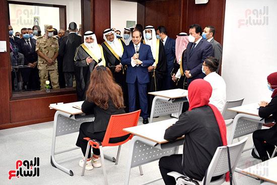 الرئيس السيسي يتفقد جامعة الملك سلمان (20)