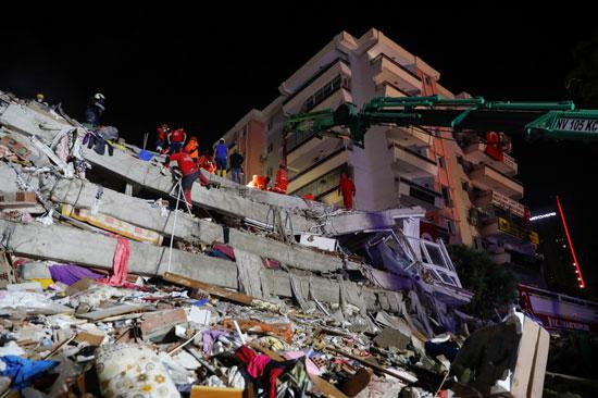 أثار الزلزال (2)
