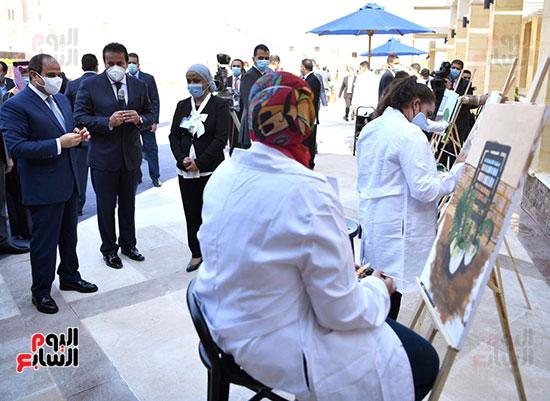 الرئيس السيسي يتفقد جامعة الملك سلمان (16)