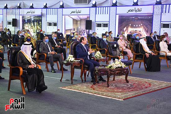 الرئيس السيسي يتفقد جامعة الملك سلمان (14)