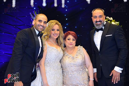 اصدقاء العريس عماد صفوت