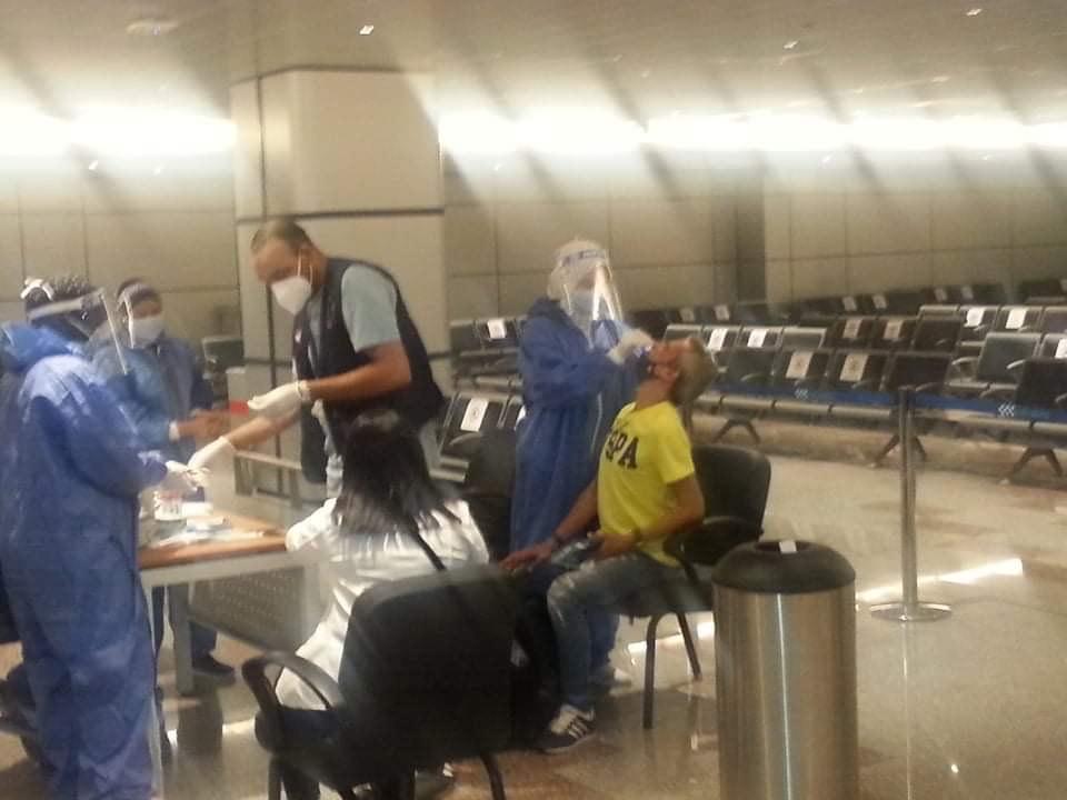 مطار الغردقة الدولى يستقبل أولى الرحلات الفرنسية  (4)