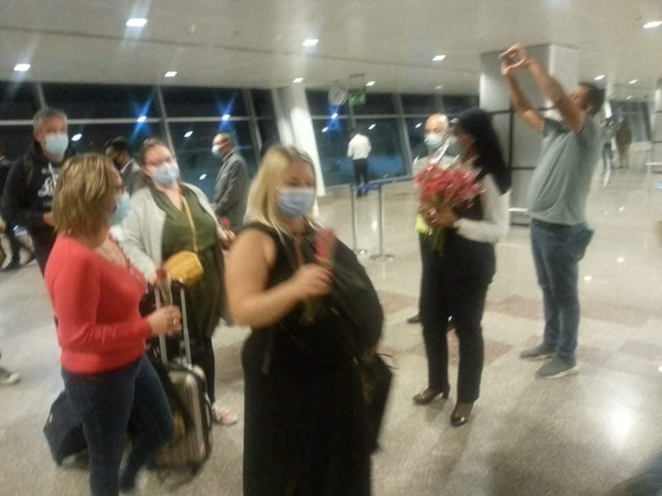 مطار الغردقة الدولى يستقبل أولى الرحلات الفرنسية  (2)