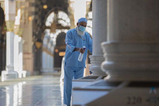 أعمال تطهير المسجد النبوي