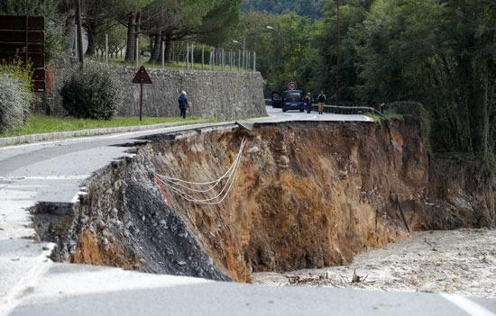 الفيضانات غير مسبوقة فى فرنسا