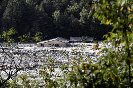 أحد المناطق المتضررة جراء الفيضانات