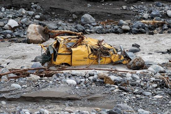 خسائر مادية كبيرة إثر الفيضانات