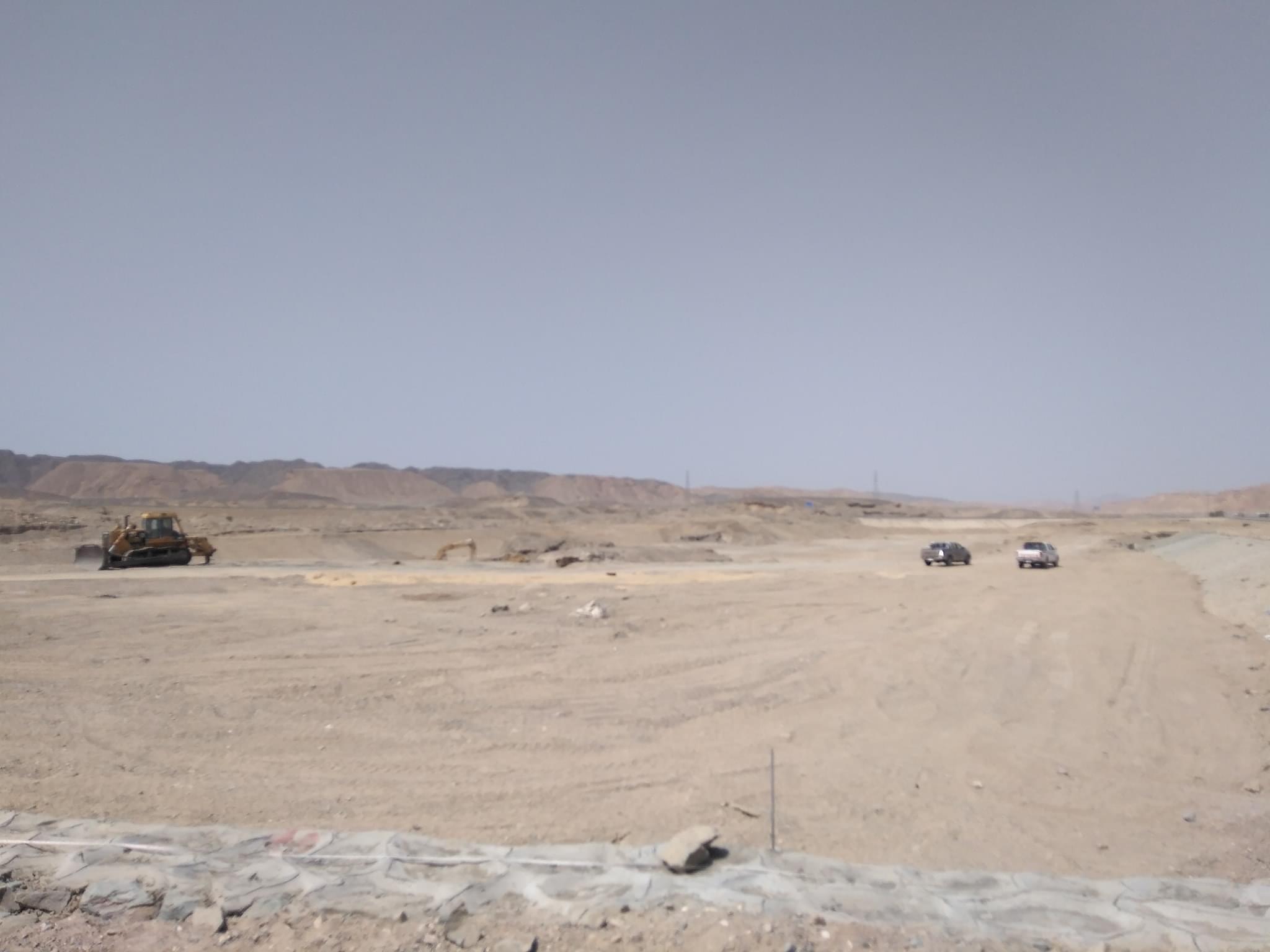 المرحلة الثانية لمشروعات مجابهة السيول بالبحر الأحمر  (3)