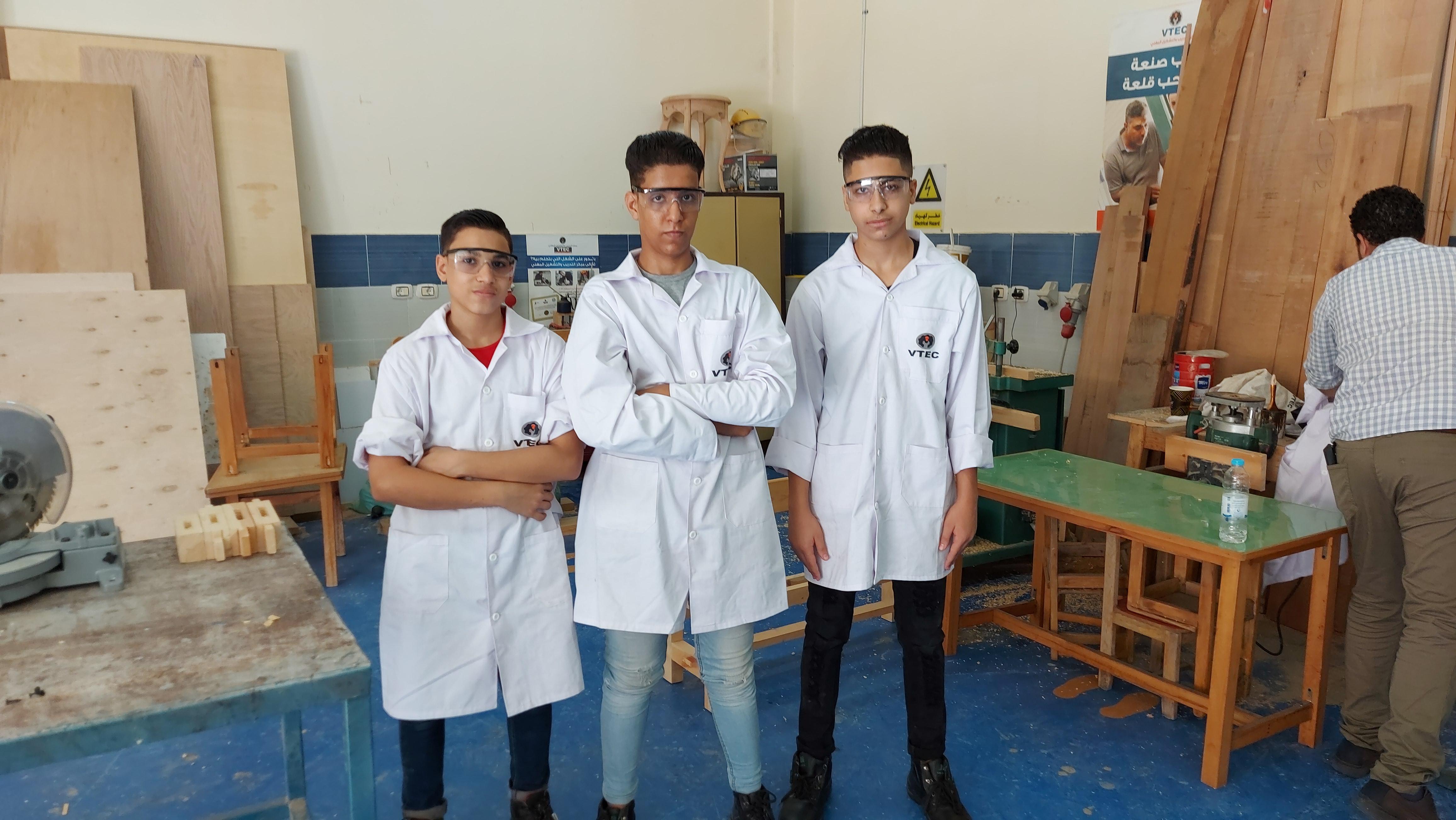 طلاب التعليم المزدوج (2)